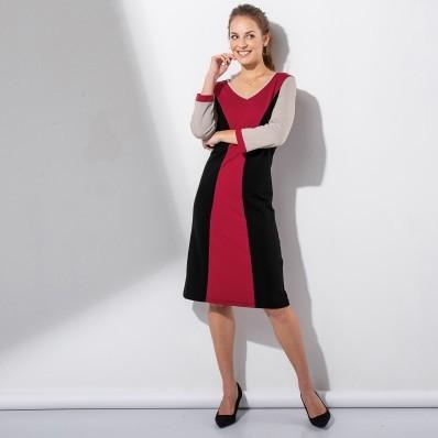 Šaty s opticky zeštíhlujícím střihem