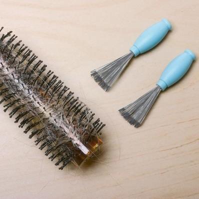 2 čističe hřebenů a kartáčů