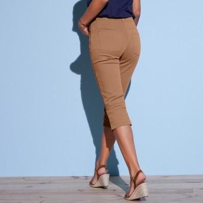 Farebné predlžujúce korzárske nohavice