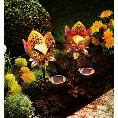 Solárny kvetinový zápich