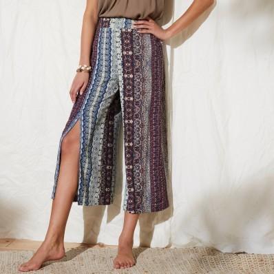 Široké a vzdušné kalhoty