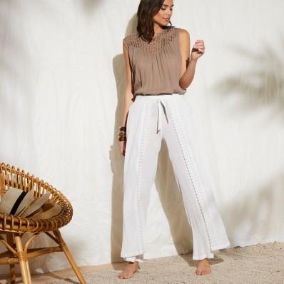 Kalhoty s pruhy a lurexovým vláknem