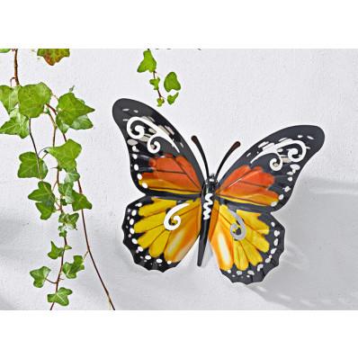 Kovový motýl