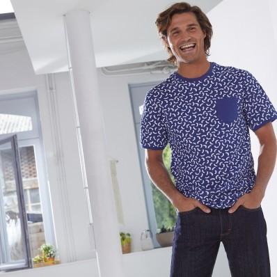 Pánském tričko s minimalistickým designem