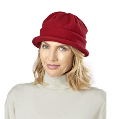 Flauszowa czapka