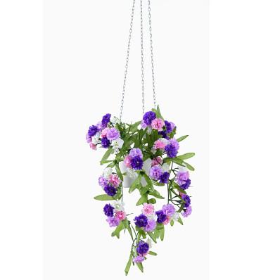 Převislá kytice karafiátů