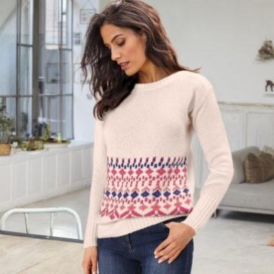 Žebrovaný pulovr se žakárovým vzorem