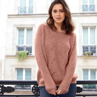 Ažurový pulovr s kulatým výstřihem