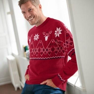 Žakárový pulovr se vzorem kosočtverců a sobů