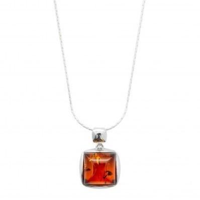 Stříbrný jantarový náhrdelník