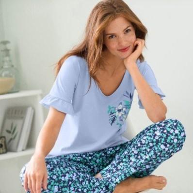 Pyžamo s volánmi a krátkymi rukávmi