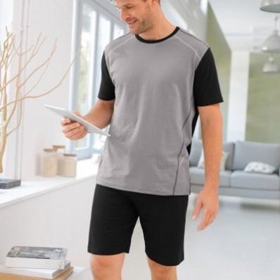 Pyžamo s kontrastním prošitím, krátké rukávy a šortky