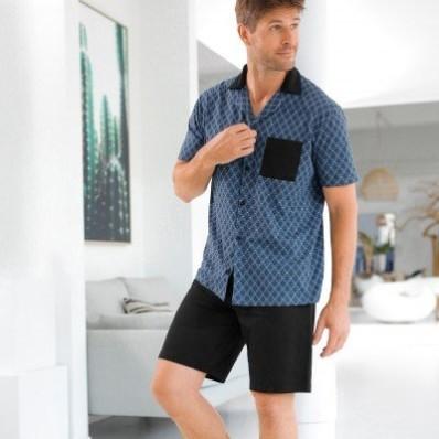 Pyžamo se šortkami a košilí s krátkými rukávy