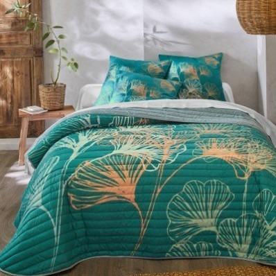 Prešívaná prikrývka na posteľ s potlačou Ginkgo