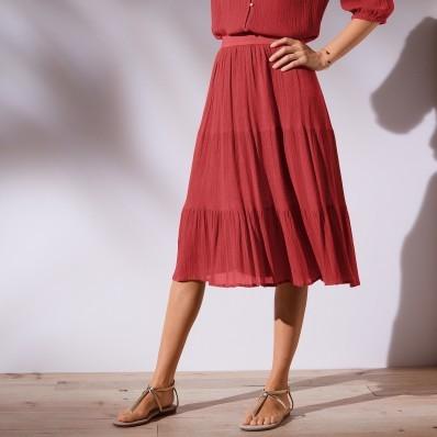 Krátka jednofarebná sukňa