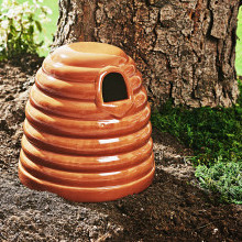 Hnízdo pro čmeláky