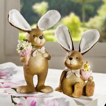 Zajac s plyšovými ušami, sediaci