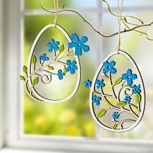 2 dřevěná velikonoční vajíčka k zavěšení