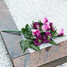 "Kytice na hrob ""Růže a gerbery"""
