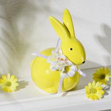 Velikonoční zajíček s květinou