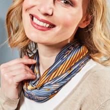 Plizovaný šátek s magnetickým uzávěrem
