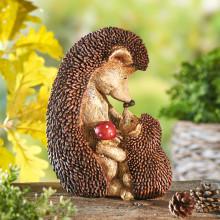 Ježia mama s mláďaťom