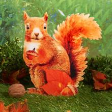 """Dekorácia """"Veverička"""""""