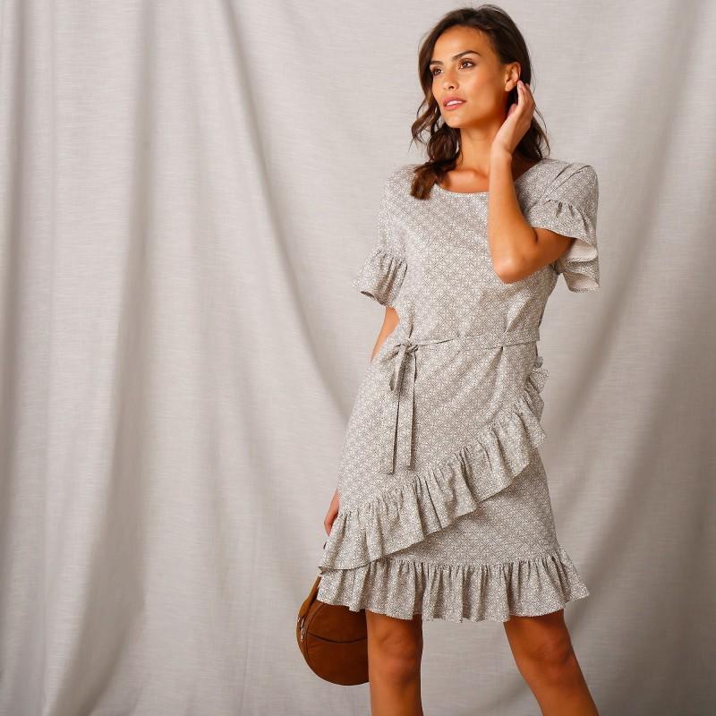 Volánové šaty s potiskem