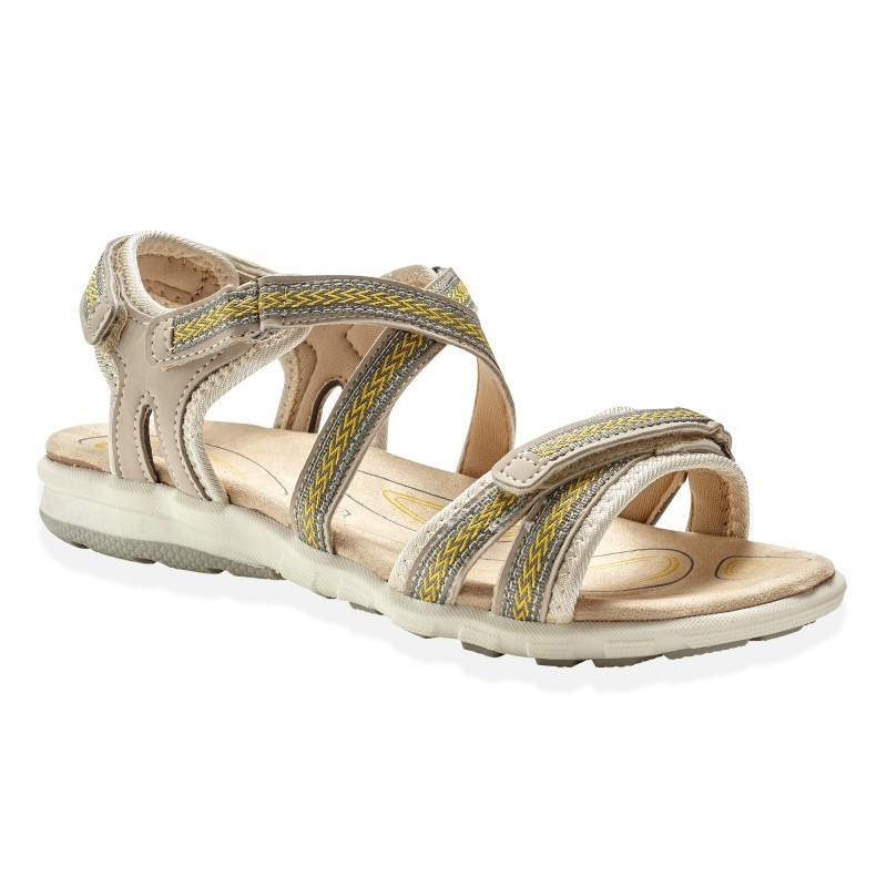 Vychádzkové sandále