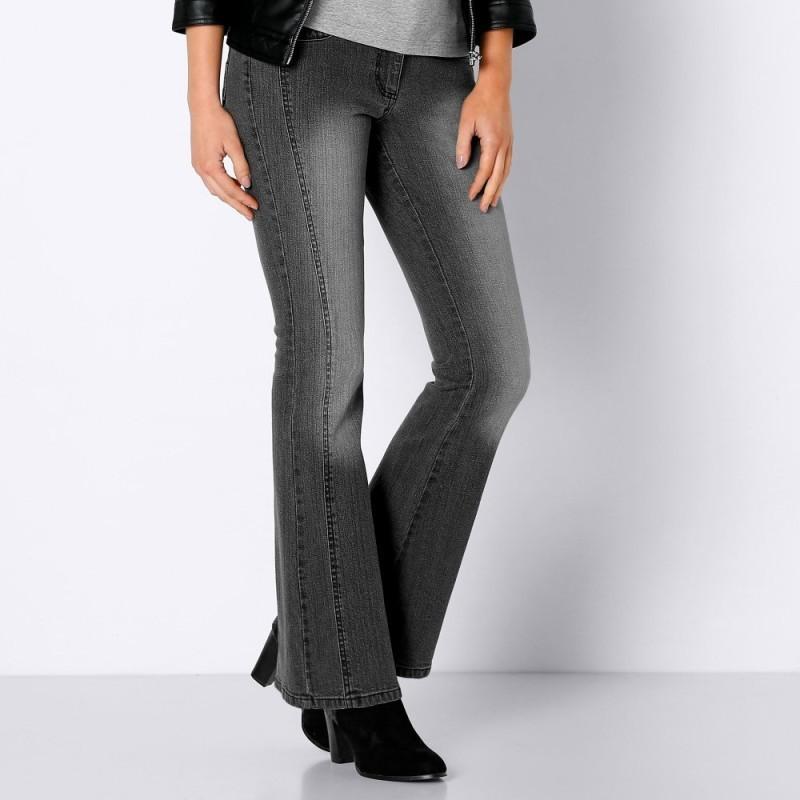 Zeštíhlující bootcut džíny