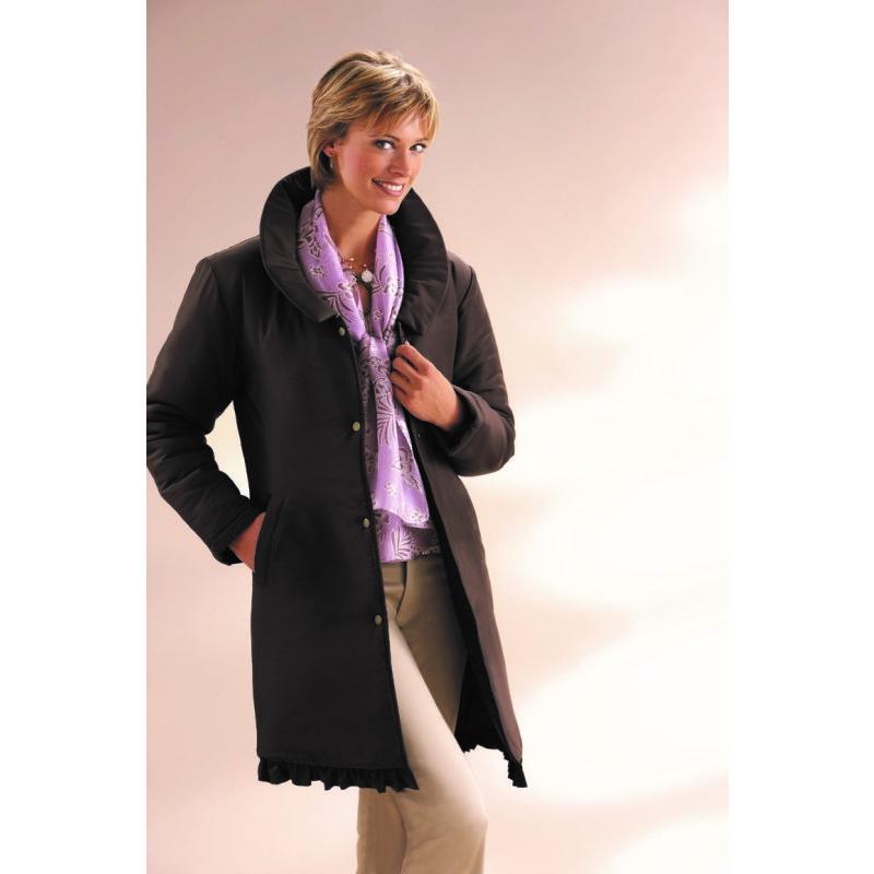 Kabát s volánikom