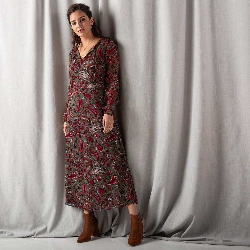 Dlouhé šaty s potiskem