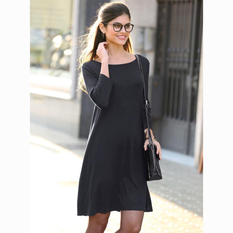 Jednobarevné krátké šaty se 3/4 rukávy