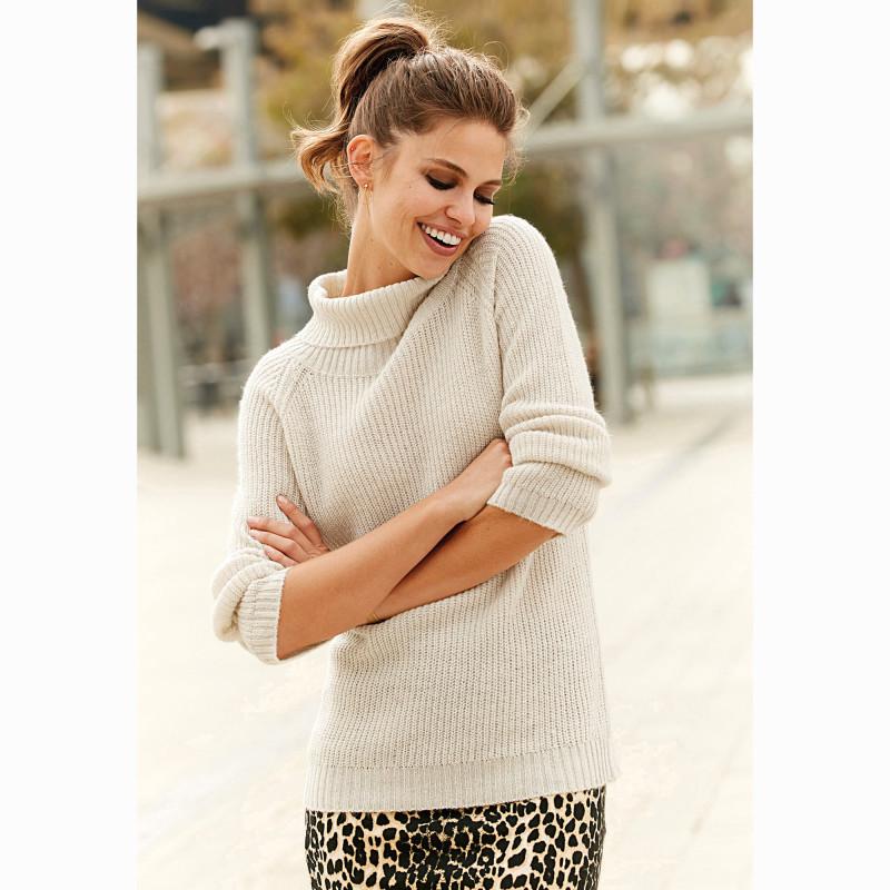 Pletený pulovr s dlouhými rukávy