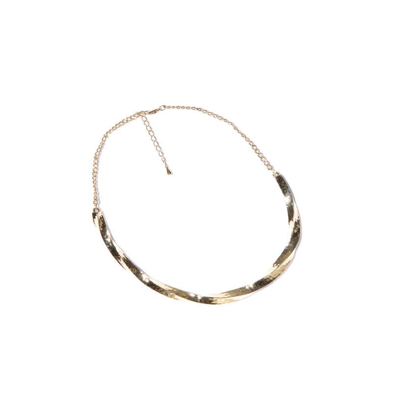 Polopevný náhrdelník