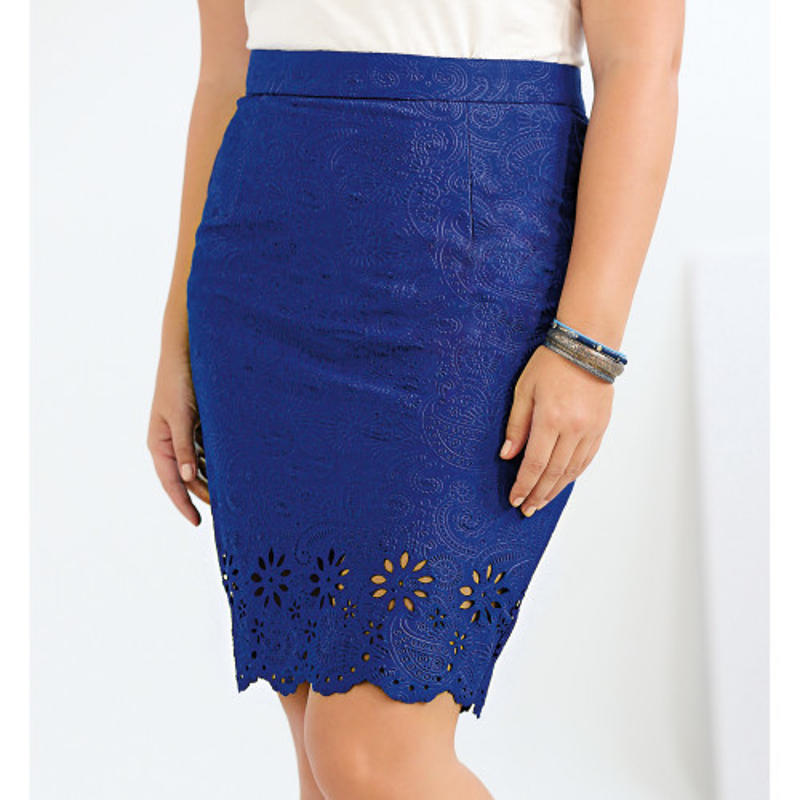 Krátka sukňa s ažúrou