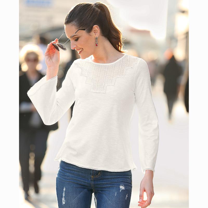 Tričko s čipkou a dlhými rukávmi