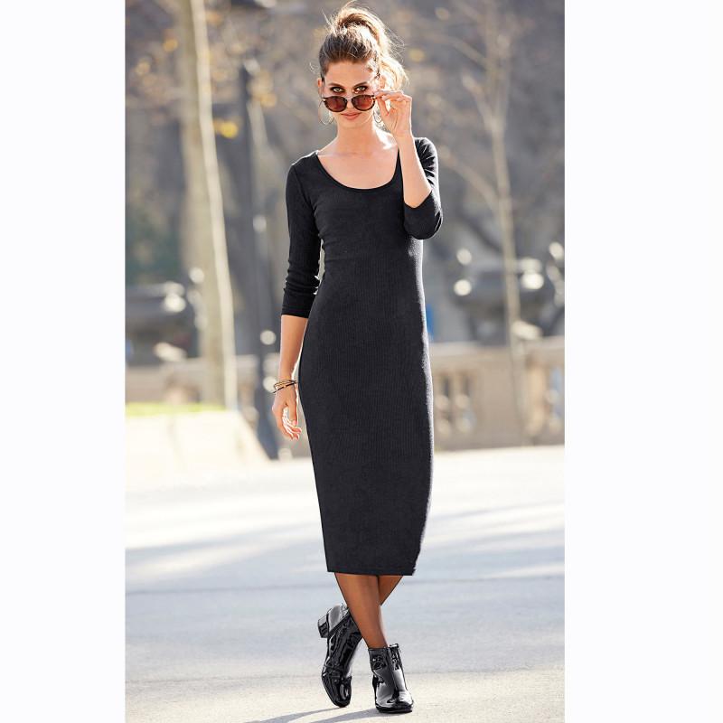 Jednofarebné polodlhé šaty s 3/4 rukávmi