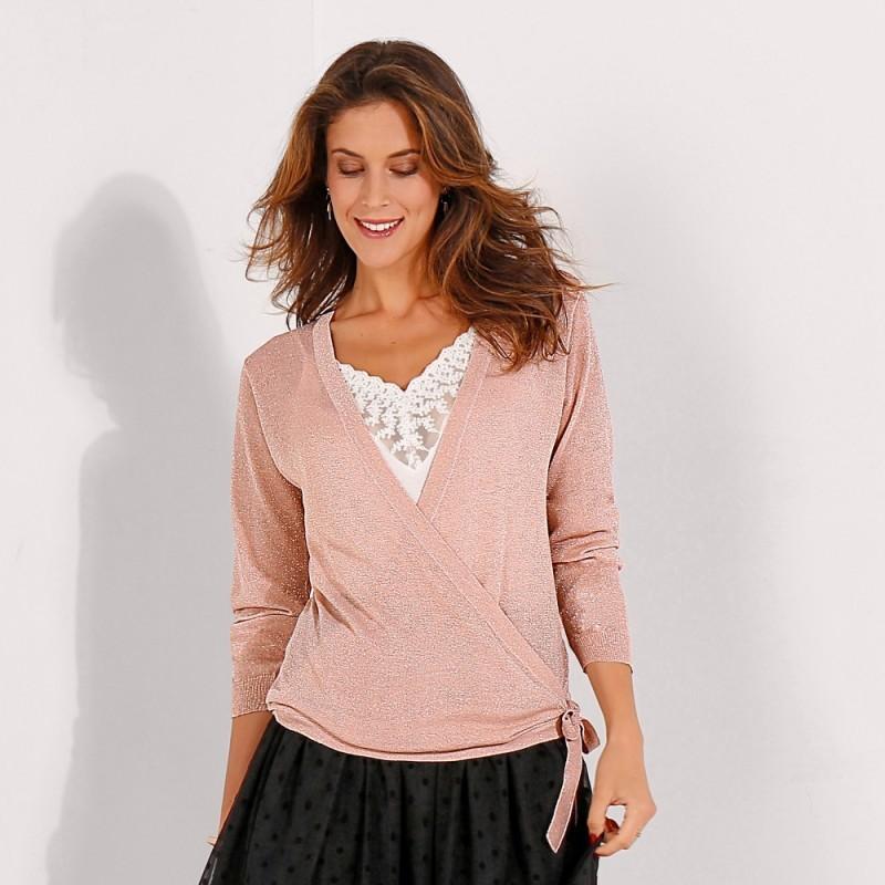 Trblietavý sveter s prekrížením
