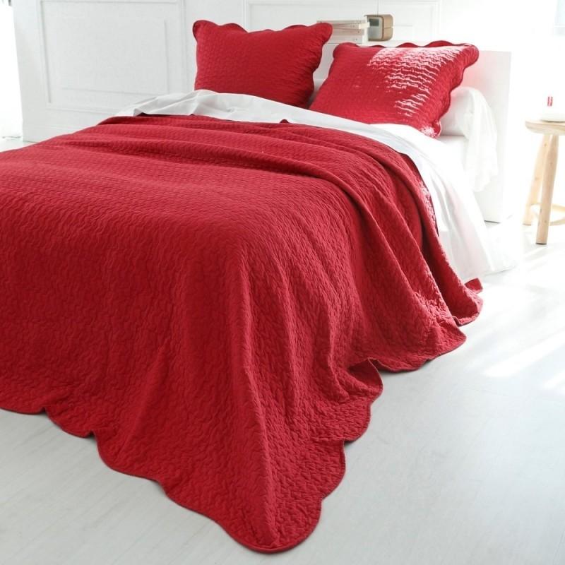 Prehoz cez posteĺ jednofarebný