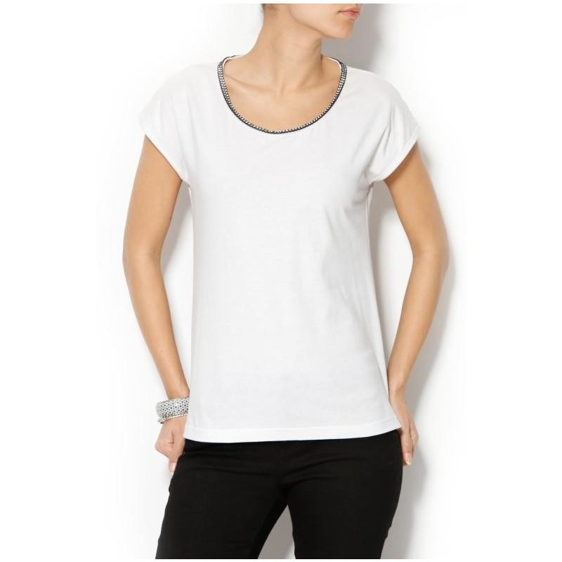 Tričko s ozdobným štrasem