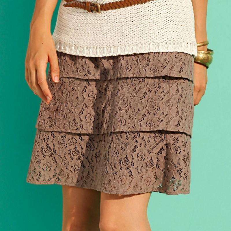 Čipková sukňa