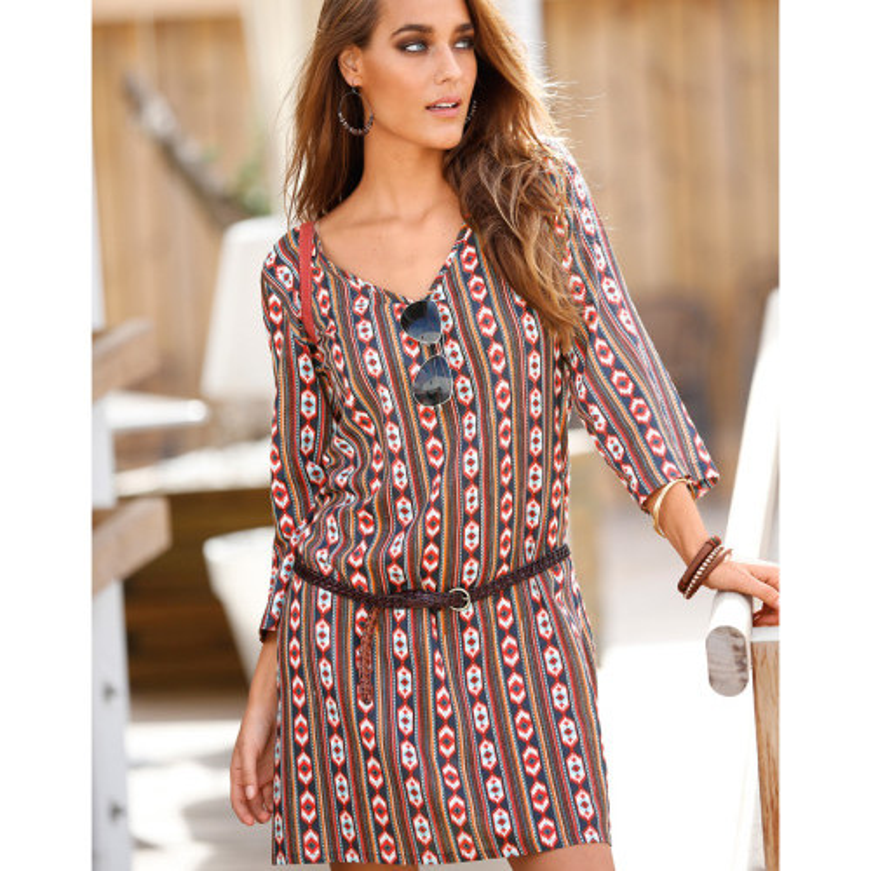 Krátké šaty s etno potiskem