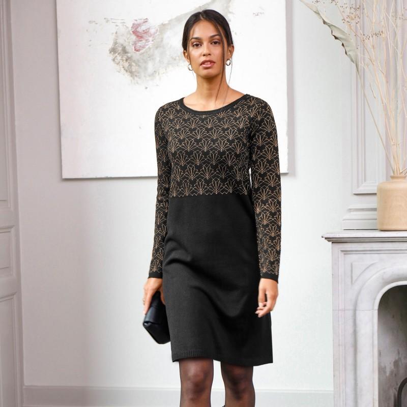 Pulovrové šaty se žakárovým vzorem