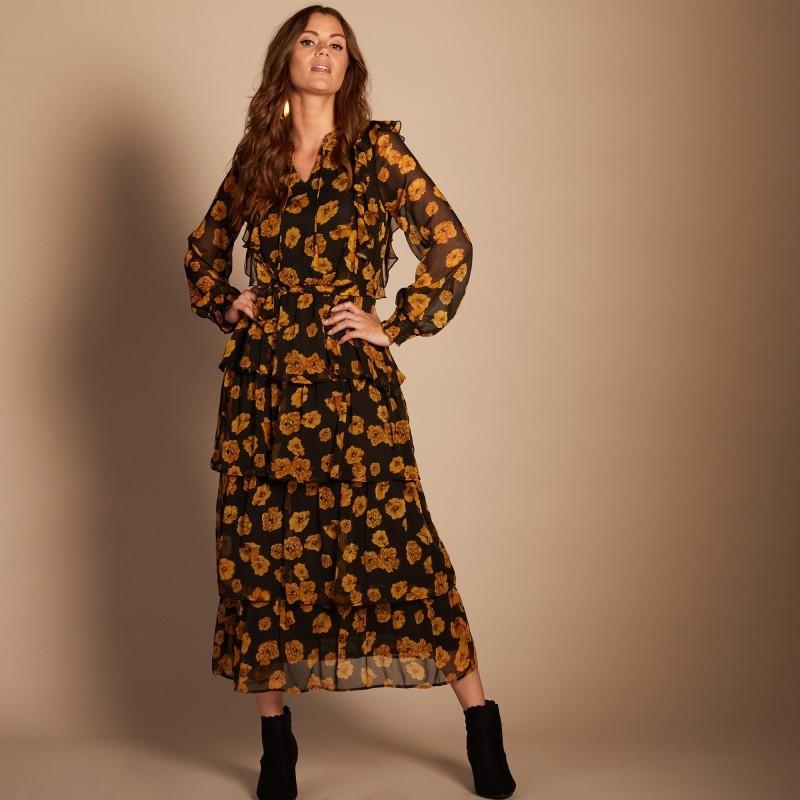 Šaty s potlačou a macramé