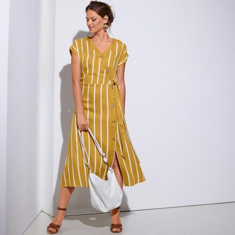Pruhované šaty s překřížením