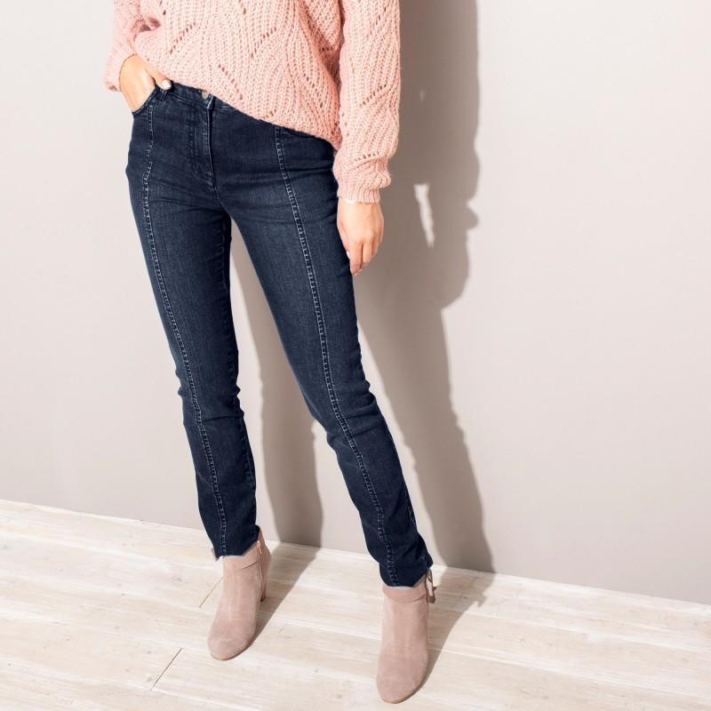 Úzke zoštíhľujúce džínsy