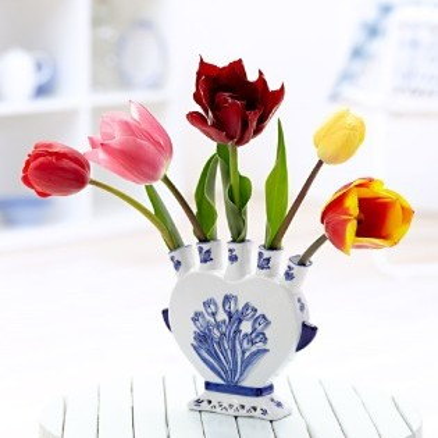 Tradiční kameninová váza na tulipány