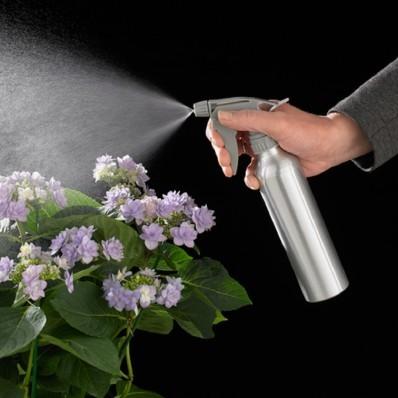 Hliníkový rozprašovač na rastliny